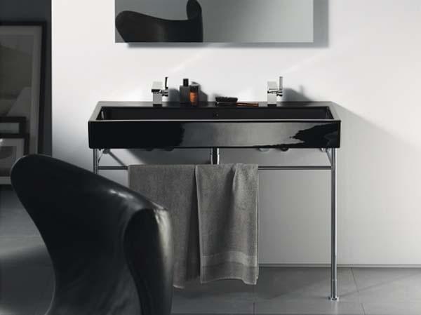 Straight-lined and timeless: Vero black bathroom vanity