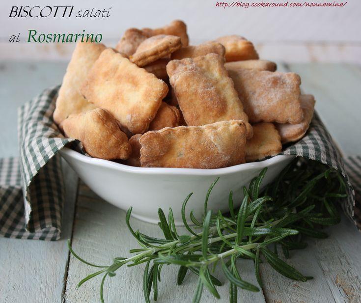 Questi biscotti salati al rosmarino sono ottimi per un aperitivo. Il rosmarino puo' essere sostituito con un'altra erba aromaticacomesalvia, timo…