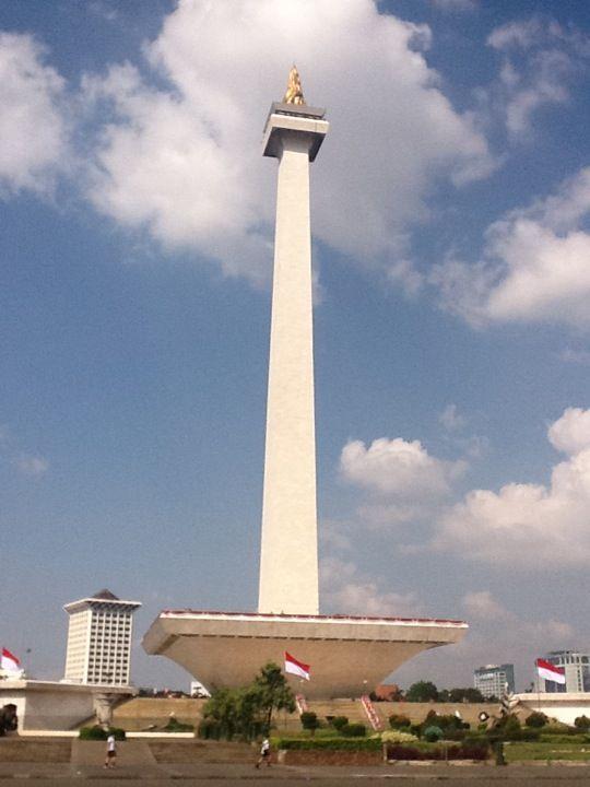 Monumen Nasional (MONAS) di Jakarta Pusat, Jakarta
