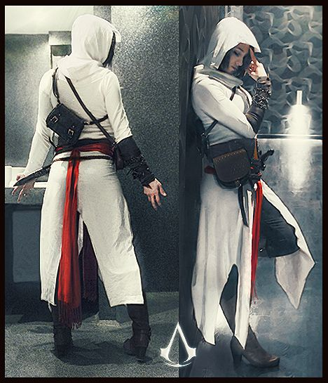 Assassins Creed girl costume. Lovely job, and she's wearing clothing! It's great to see other cosplayers who value this!
