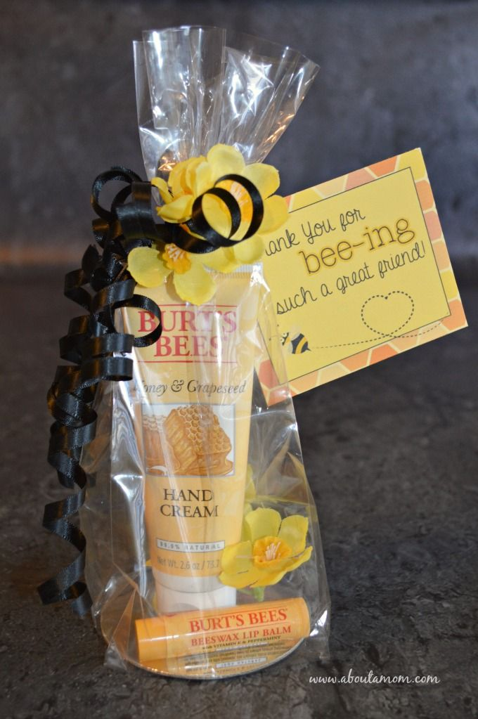 DIY Fall Care Package for a Friend with Printable Gift Tag