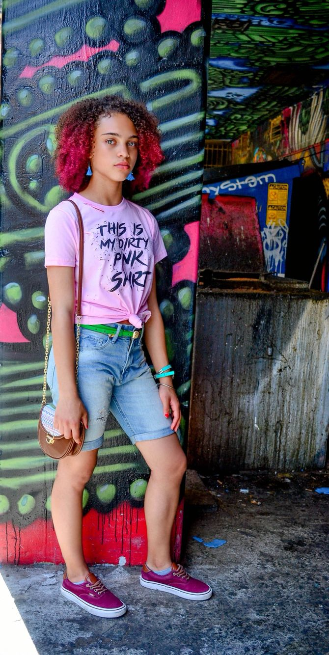 "Girly tomboy. ""My dirty pink shirt"" style, fashion, grey eyes, curly hair, tomboy, swag, outfit ideas.  @mytbandg"