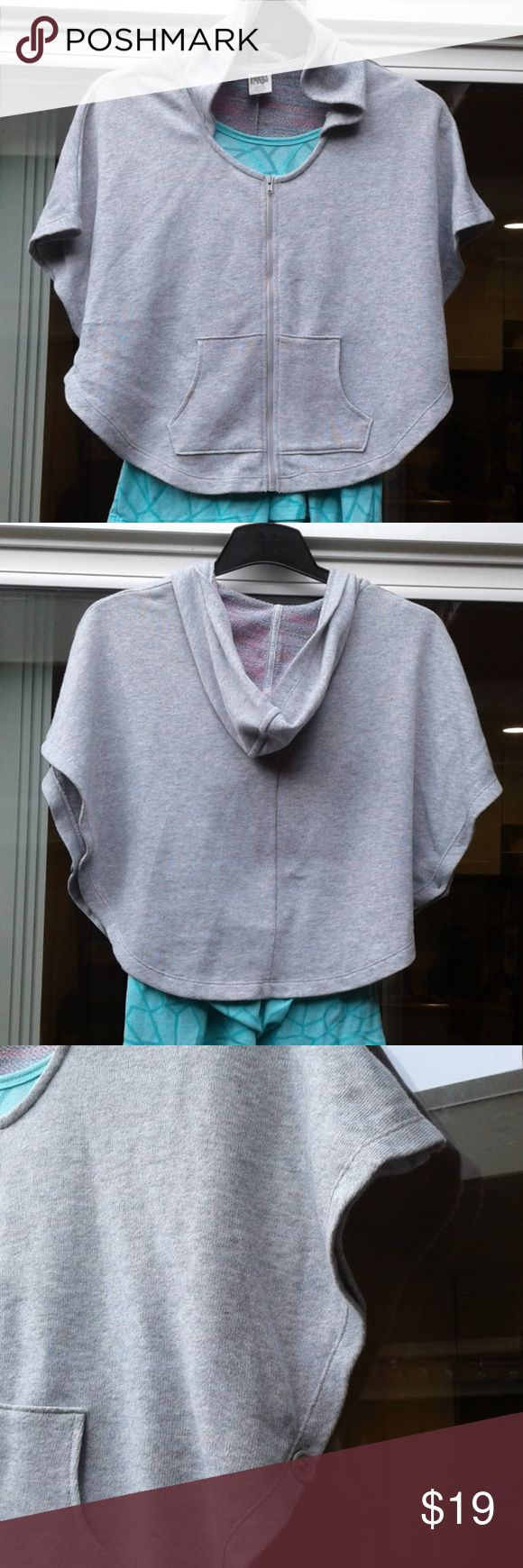 NEW. Hang Ten cover up hoodie NEW. Hang Ten cover up hoodie large  Shown with Old Navy tank top under to show legnth.  Will sell too. Hang Ten Tops