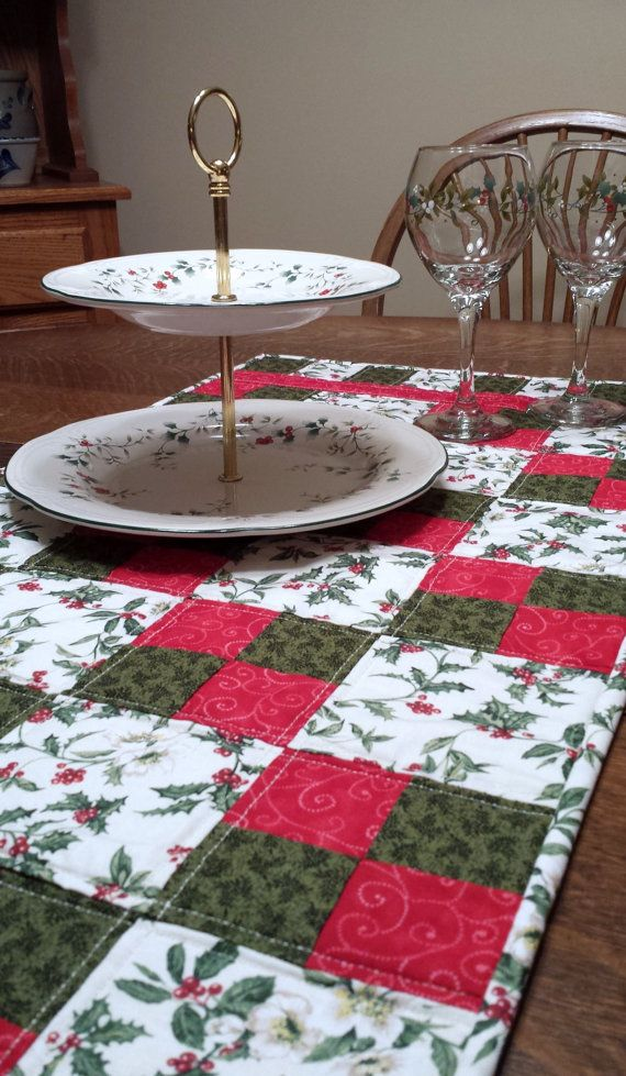 Quilted Christmas Table Runner tradtional by WarmandCozyQuilts, $50.00