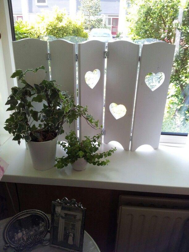 Romantisch hoekje van de vensterbank.