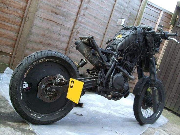Survial bikes look like so much fun to me. Both to make and to ride. I've owned Rat bikes before... but this looks like it would be MUCH mor...