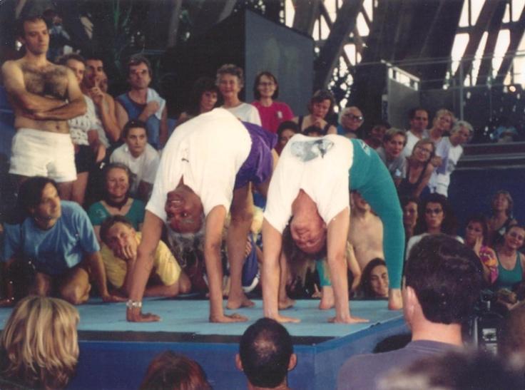 light on yoga bks iyengar pdf