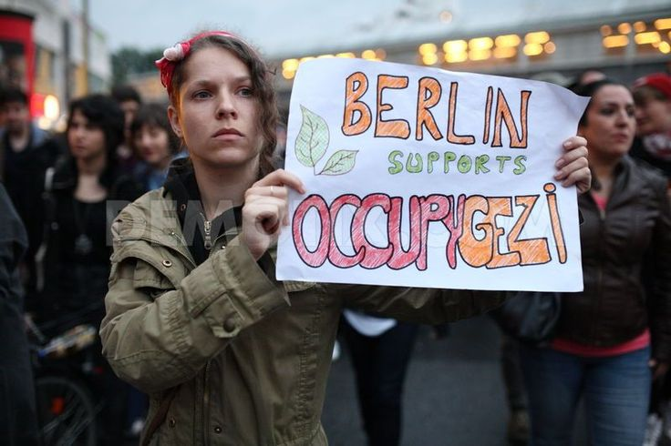 Hundreds march in solidarity with occupy Gezi Park  Berlin