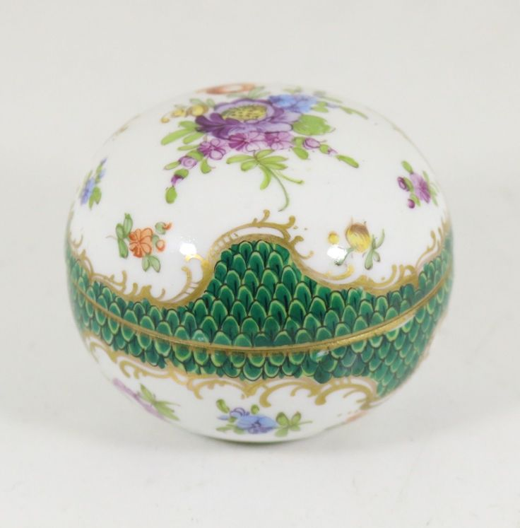 Antique German Porcelain Dresden Pill Box