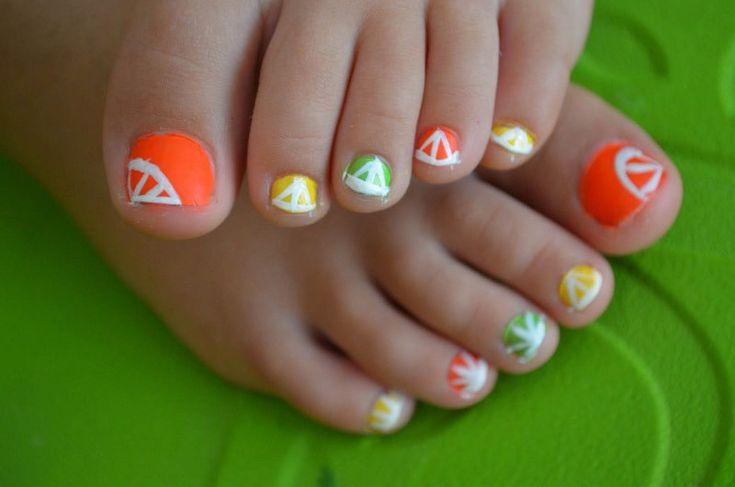 Fußnägel lackieren – 30 coole Ideen für den Sommer