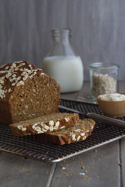 Guinness Brown Bread-- agree with this blogger that it was the best brown bread I had while in Ireland! Must serve with real Irish butter! YUM