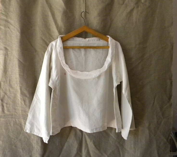 Vintage French white linen blouse  (wish I'd seen this earlier, she lives down the road...)