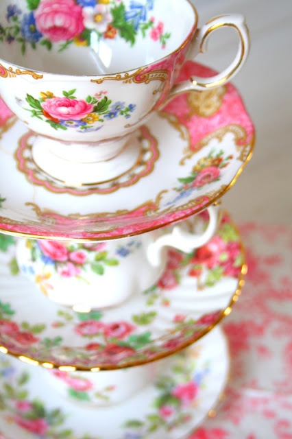 perfect for the tea party bridal shower!