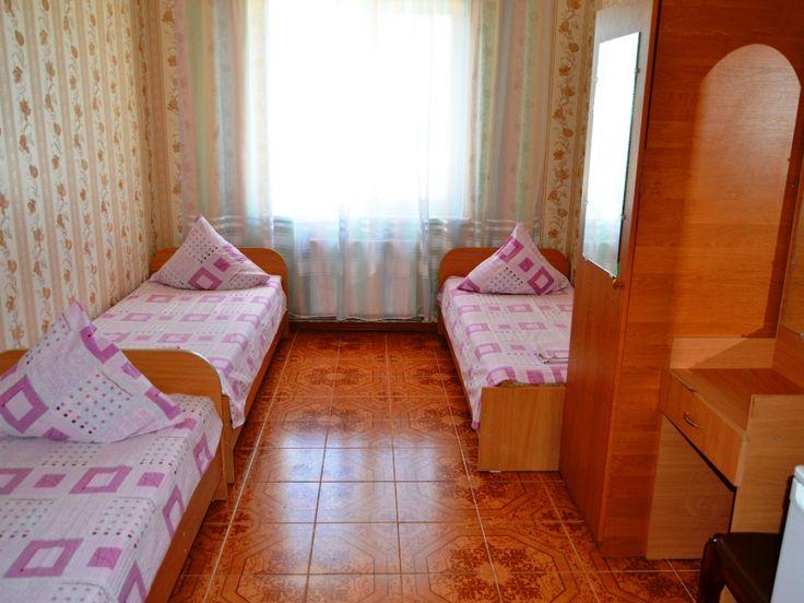 Частный двор Солнечный домик в Николавке май,июнь,июль,август,сентябрь, гостевой дом