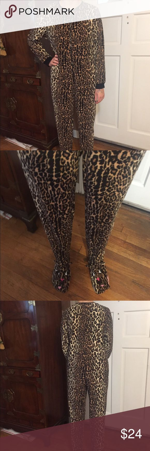 Nick & Nora Footed Leopard Pajamas. Size S Nick & Nora footless pajama as. Leopard print. Oh so comfy and cute. Excellent condition. Nick & Nora Intimates & Sleepwear Pajamas