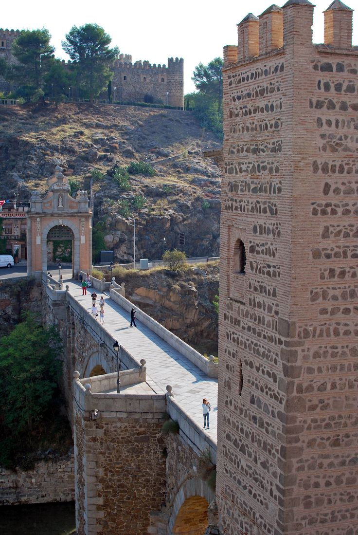 Bridge over the Tagus River entrance to Toledo, Spain