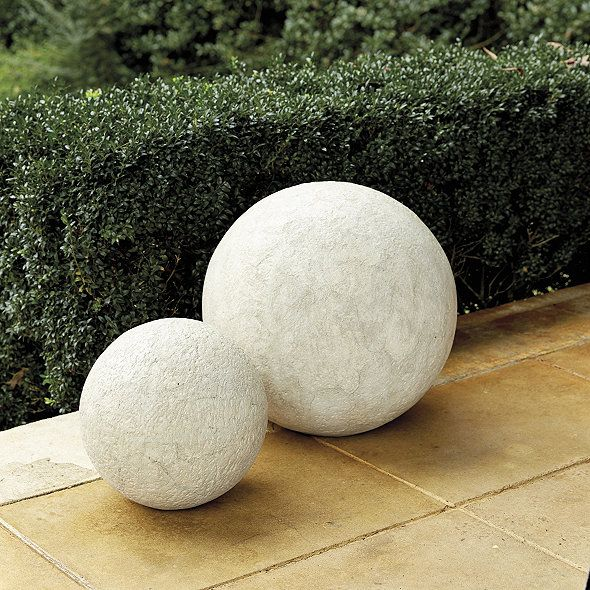 When Suzanne Kasler Designs It, Something As Simple A Sphere Can Make A  Dramatic Statement