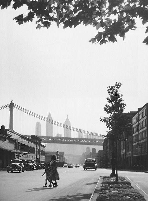 Manhattan 1940s Photo: Rebecca Lepkoff