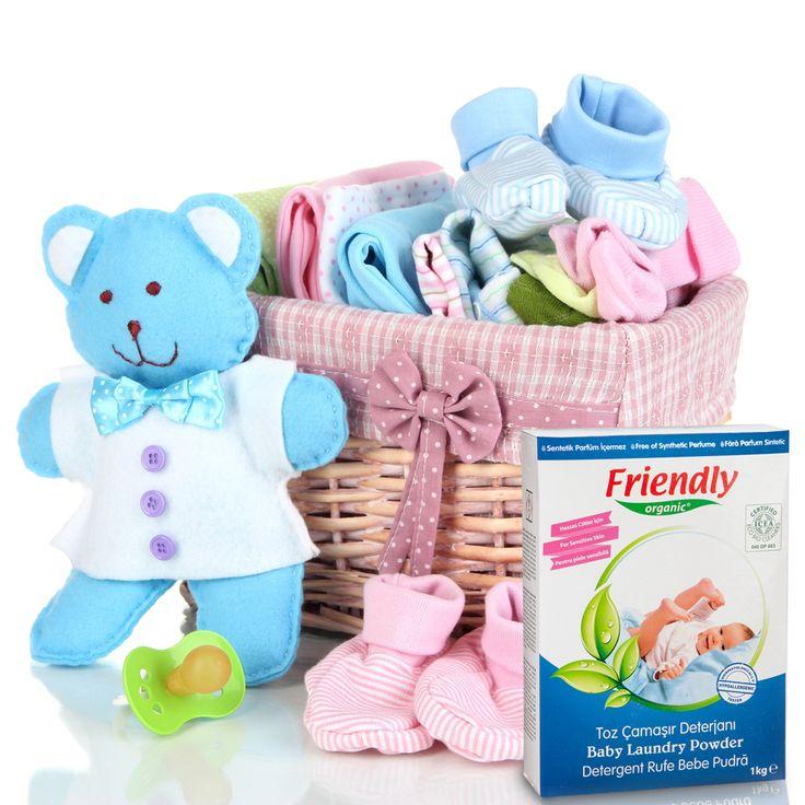 Friendly Organic Toz Çamaşır Deterjanı, çocuğunuzun çamaşırlarını özenle temizler ve güvenli bir temizlik sağlar. Dermatolojik olarak test edilmiştir.
