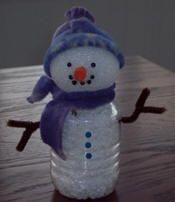 idées de bricolage bonhomme de neige de bouteilles recyclées
