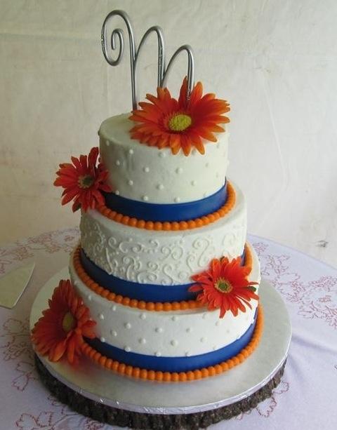 Wedding cake. Blue/orange