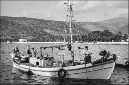 Τρεχαντήρι.Robert McCabe Greece: Images of an Enchanted Land, 1954-1965