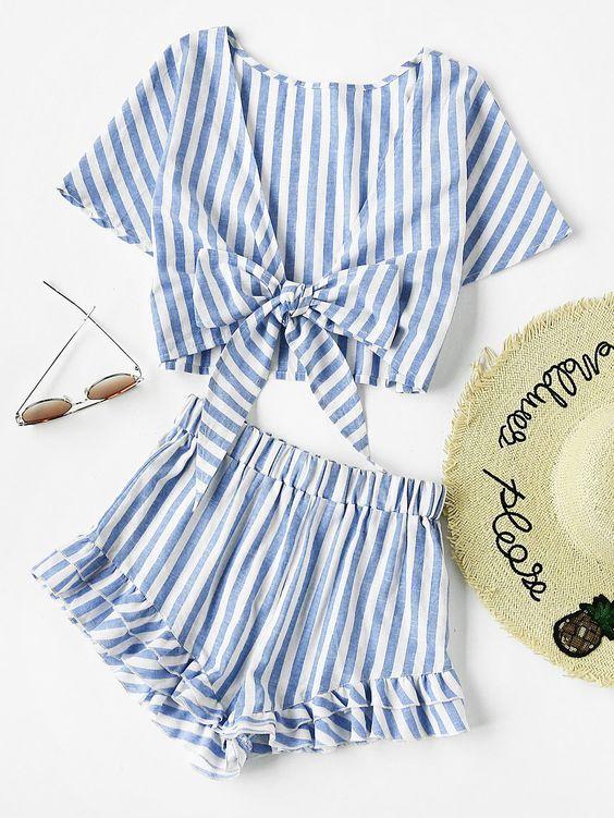 Hollow Out Lace Up Cami Knit Dress/Long Sleeves Open Stitch Beach Cover Up Dress/ Striped Cami Wrap Top With Shorts Sempre a uma novidade pintado por ai na moda e sei que muitas de nós temos vontade de sair por ai comprando tudo querendo dar um novo tapa no armário, mais a intenção é manter …