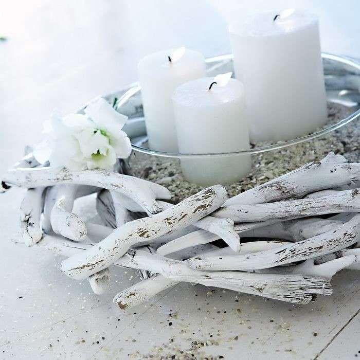 Arredare casa al mare con il fai da te - Rami sbiancati e candele