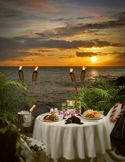 Romantic evening - 'Dinner Under The Stars' at Napili Kai, Maui, Hawaii.Under The Stars, Tables For Two, Romances, Beach, Romantic Meals, Romantic Dates, Maui Hawaii, Summer Dinner, Romantic Dinner