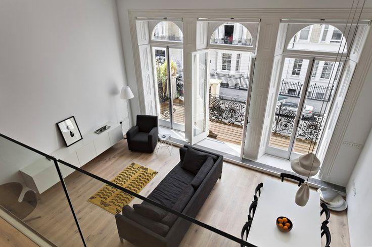 Двухэтажная квартира в центре Лондона от студии VW+BS