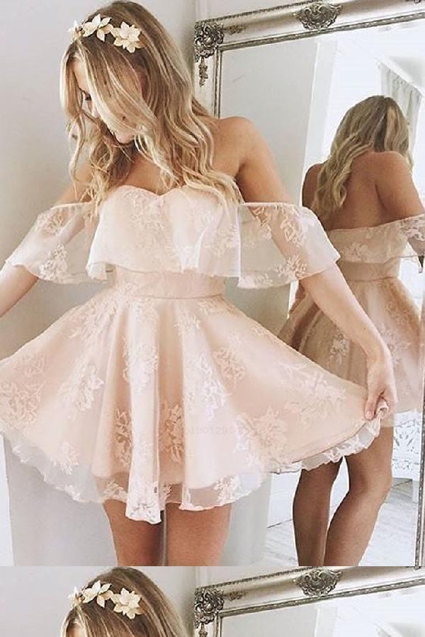 Deslumbrante Vestidos de baile Princesa curta Fora do ombro Plissado Curto Homecoming Vestido Vestido de festa   – Dress