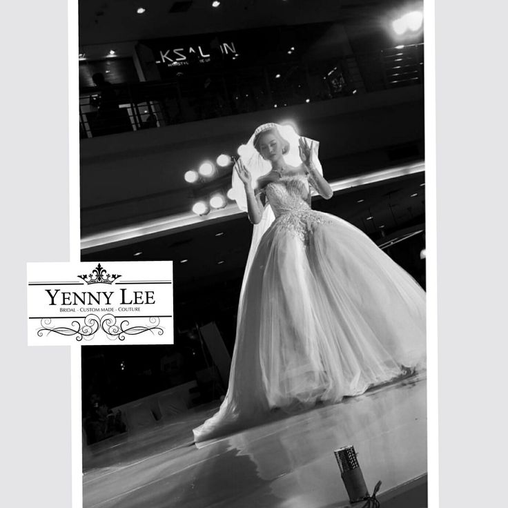 Find your bridal collection just with Yenny Lee Bridal Couture @yennylee_couture | www.yennyleecouture.com | +62 812 1741 1038