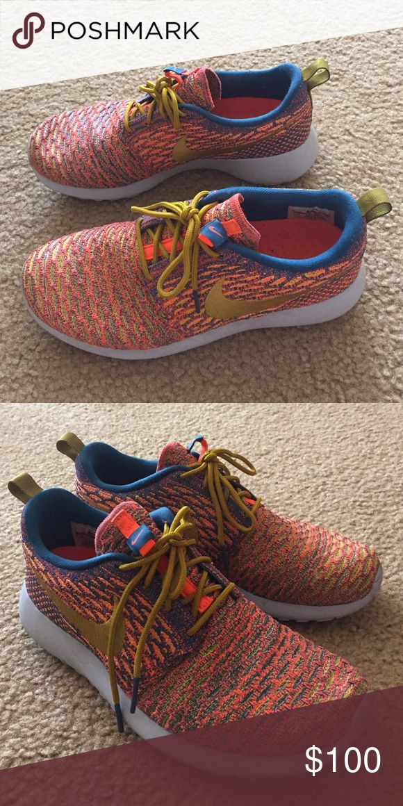 keep fit! Nike Roshe flyknit Running shoes These pair of shoes are designed for running and its super light. from 2015fall collection. pricefirm. like New. Anyway keep fit! Nike Shoes Sneakers