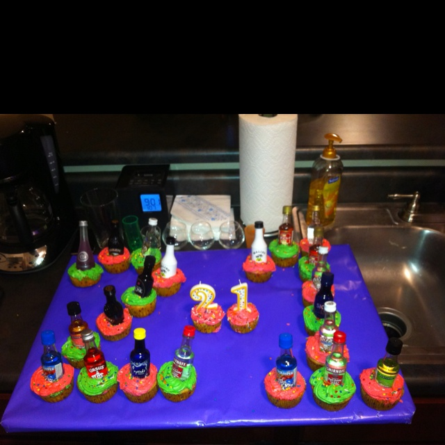 Decorated Alcohol Bottles For Birthday: 25+ Best Ideas About Liquor Bottle Cake On Pinterest