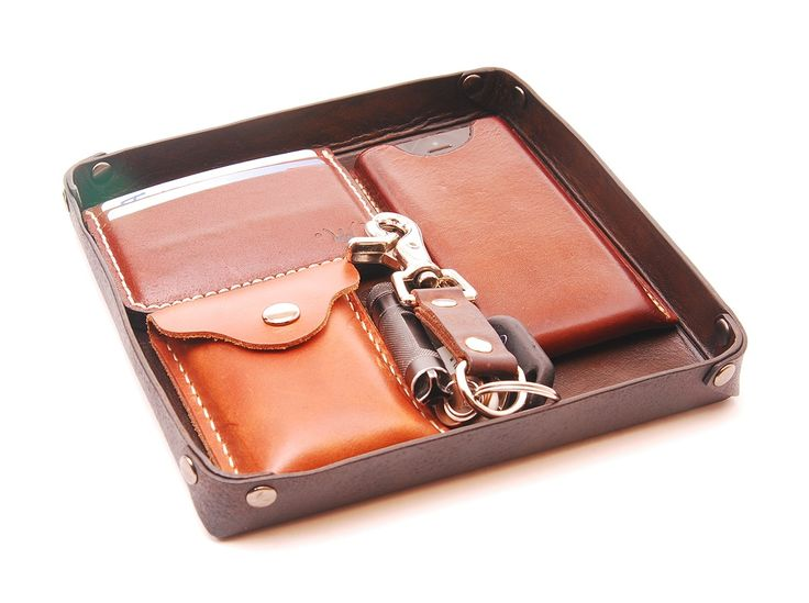 Image of Handmade Leather Valet Tray - Antique Stained