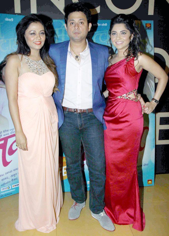 Prarthana Behere, Swapnil Joshi and Sonalee Kulkarni at the screening of the Marathi film 'Mitwaa'. #Bollywood #Fashion #Style #Beauty #Marathi