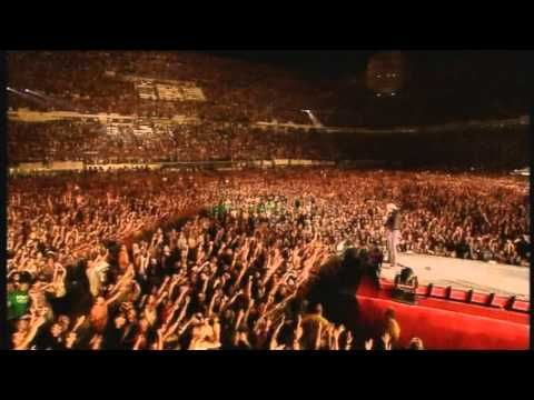 Vasco Rossi - Vita spericolata - live (HD) - YouTube