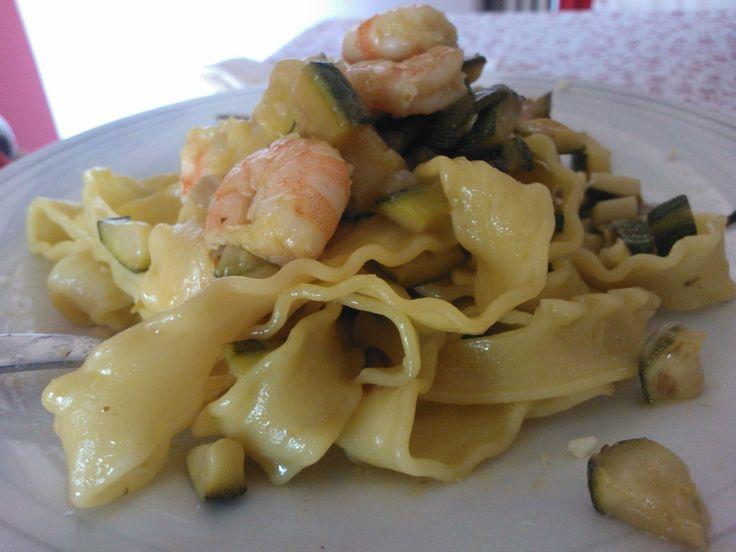 Zucchine, mazzancolle e zafferano: così Valeria cucina le Mafalde | L'Abruzzo è servito | Quotidiano di ricette e notizie d'Abruzzo