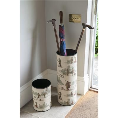 Country shoot umbrella stand – the perfect gift for a shooting host