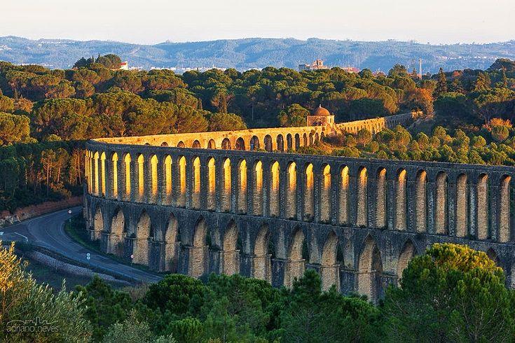 .Aqueduto dos Pegões, Tomar, Portugal.