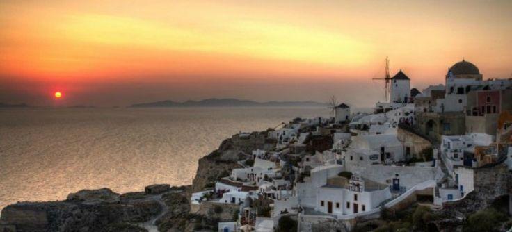 Ένα φαντασμαγορικό θέαμα θα λάβει χώρα στο νησί της Σαντορίνης, τον Σεπτέμβριο.