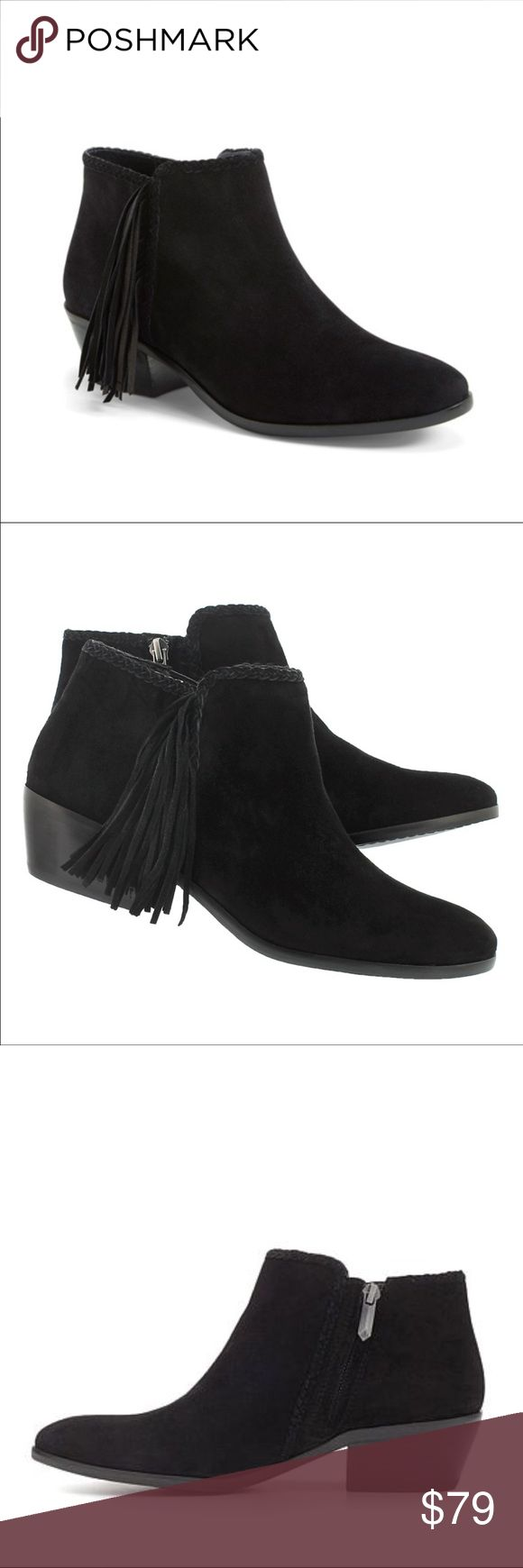 "Sam Edelman Paige Black Fringe Ankle Boho Booties Sam Edelman ""Paige"" Leather Suede Bootie Boots with Fringe Size 7.5. Black. Retail price is $170. Still sold on HSN.  Beautiful braiding and fun fringe combine to give a Bohemian update to the basic boot s"