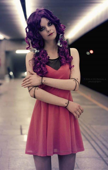 @cecyliaprusiska as a purple living doll by #PANNAPOZIOMKAphotography ❤ #purpledoll #fashion #doll #photoshoot @pannapoziomka #portrait #purple #polishgirl #warsaw