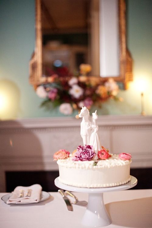 the knot wedding cakes brooklyn unicorn wedding cake wedding here comes the 20857