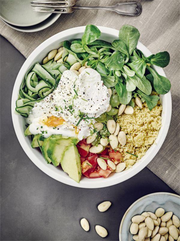 Klassischer Salat, auch im Winter gut zu genießen:  unsere Salat-Bowl! #salat #bowl #rezept #edeka