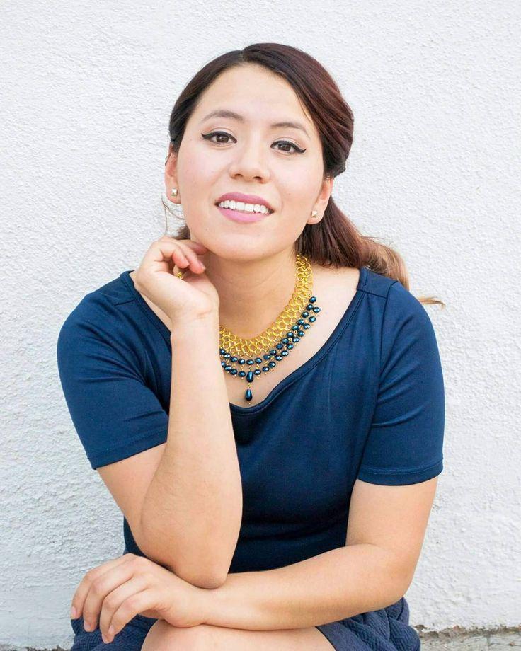 De vuelta a la realidad se acabaron las vacaciones  mis mejores vibras para todos.  Y los dejo este collar de @thiajoyeria en mi blog encontrarán toda la información  Link en perfil. . . . . #monday #letsdoit #vibes #necklace #mexicandesign #hechoenmexico #marcasmexicanas #thiajoyeria #blue #blogger #arylimon
