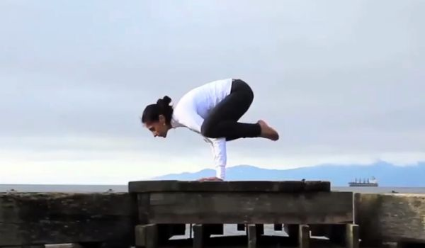 Learn how to do the #Bakasana or #Kakasana (Crow Pose) from #yoga instructor Zain Saraswati Jamal.