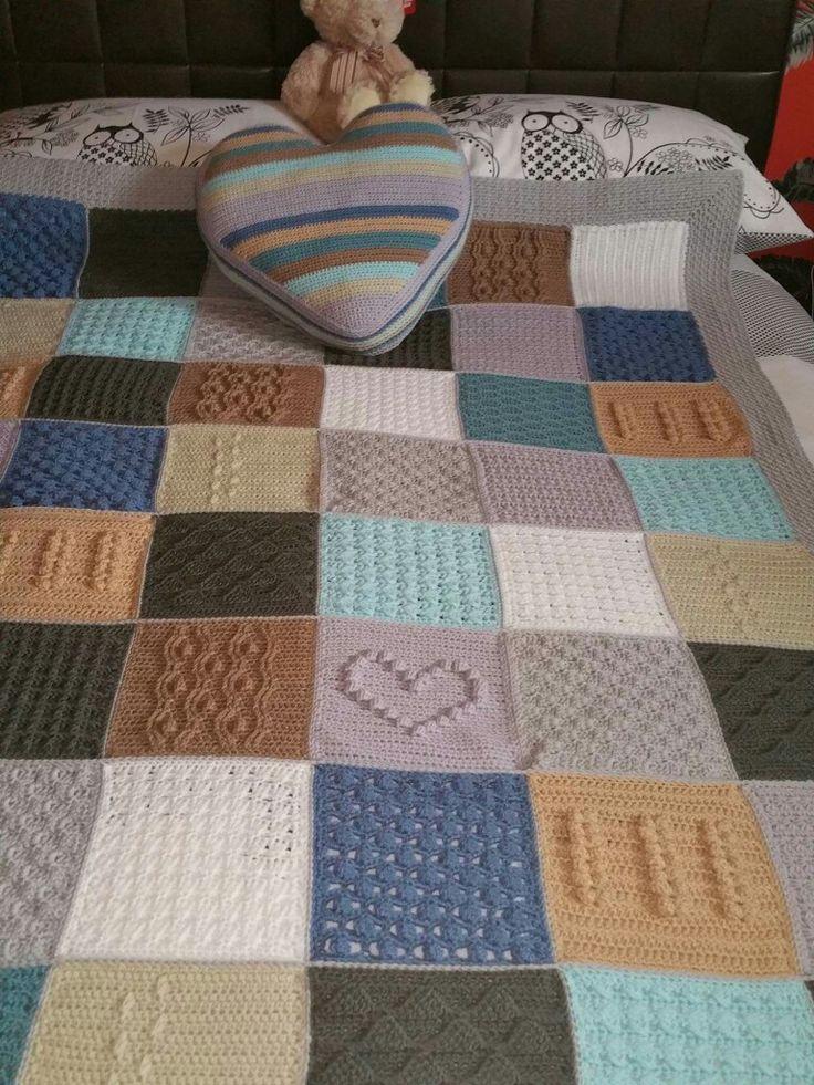 Scheepjes Blanket CAL 2016 (a variation) - In loving memory of the designer Marinke Slump (Wink)- Free Pattern available on Scheepjes Yarn Website + bonus pillow pattern
