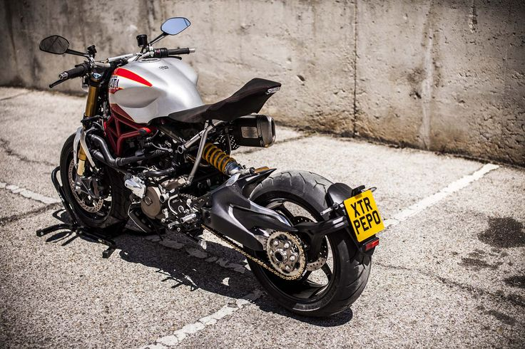 「ducati monster 1200 r custom」の画像検索結果