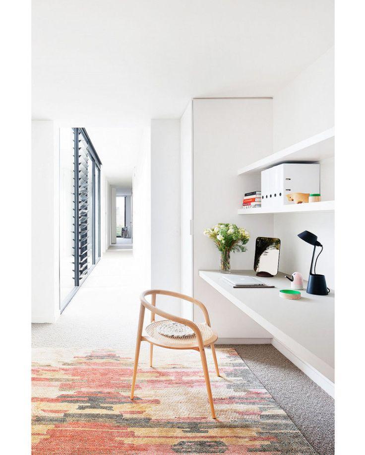 Thuis in een minimalistisch stulpje met prachtige tuin